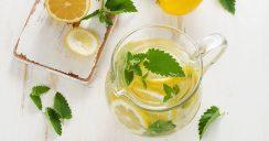 Mit Zitronenwasser gesund in den Tag starten