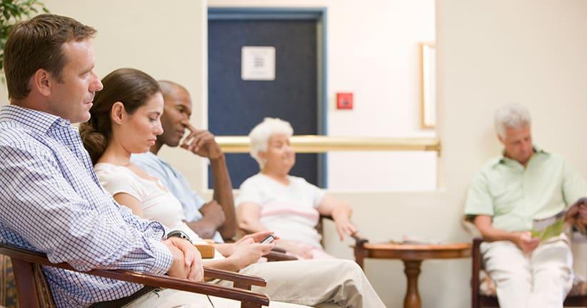 Kassen-Patienten bekommen schneller Arzttermine